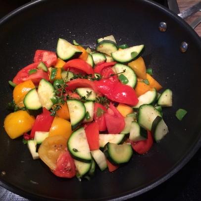 Tomaten-Zucchini-Inkagurken-Pfanne